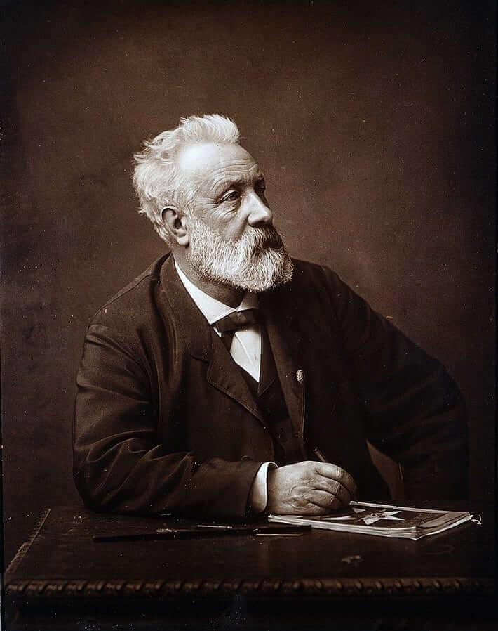 711px-Jules_Verne_in_1892